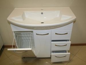установить раковину с тумбой в ванной